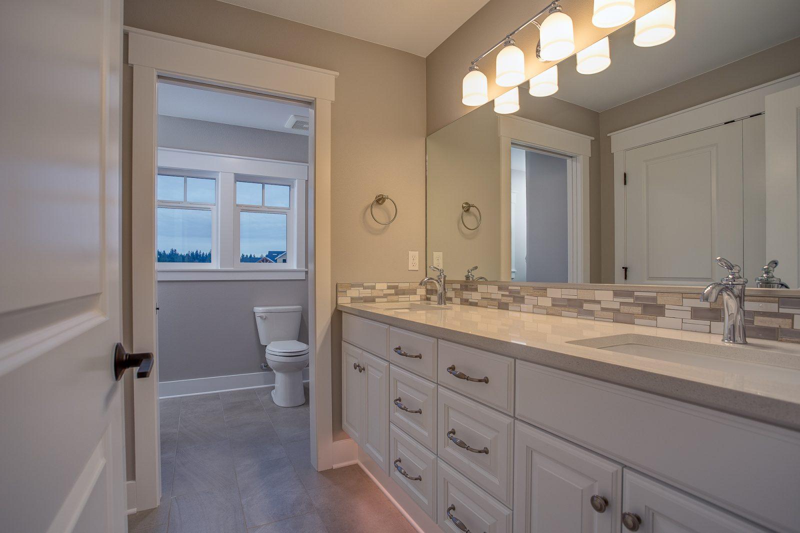 21 bathroom..